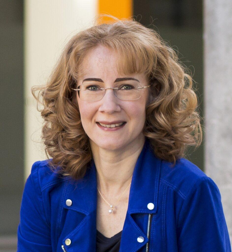 Bilder der Ausbildungsexpertin Sabine Bleumortier
