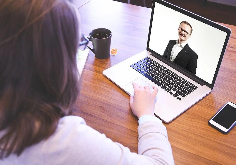 Online-Meetings mit Auszubildenden